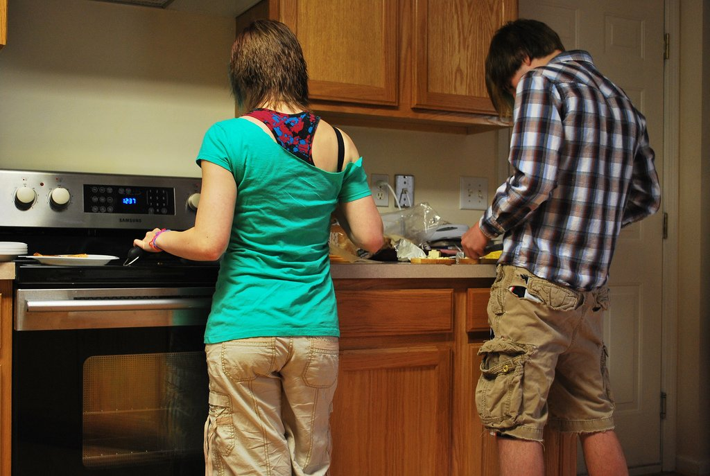 Mom Teenage Son Cooking - Teen Rehab