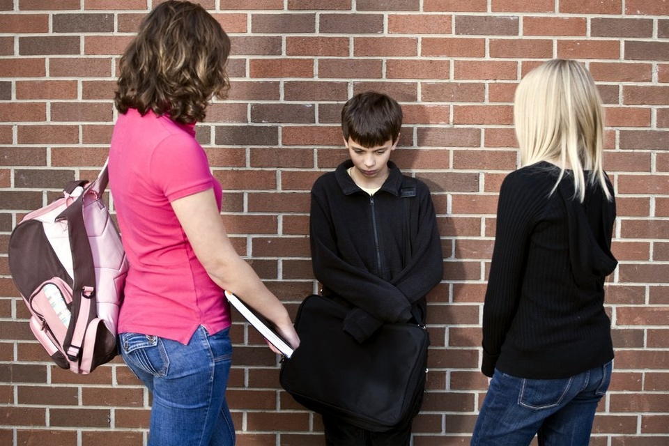 Girls Peer Pressuring Boy - Teen Rehab
