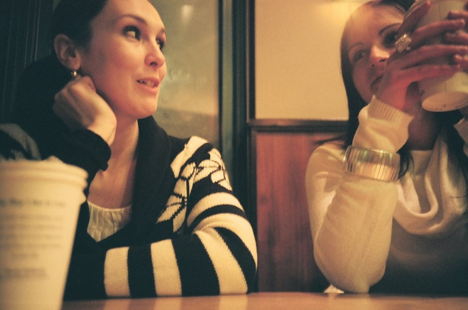 Girls Talking Coffee Shop - Teen Rehab