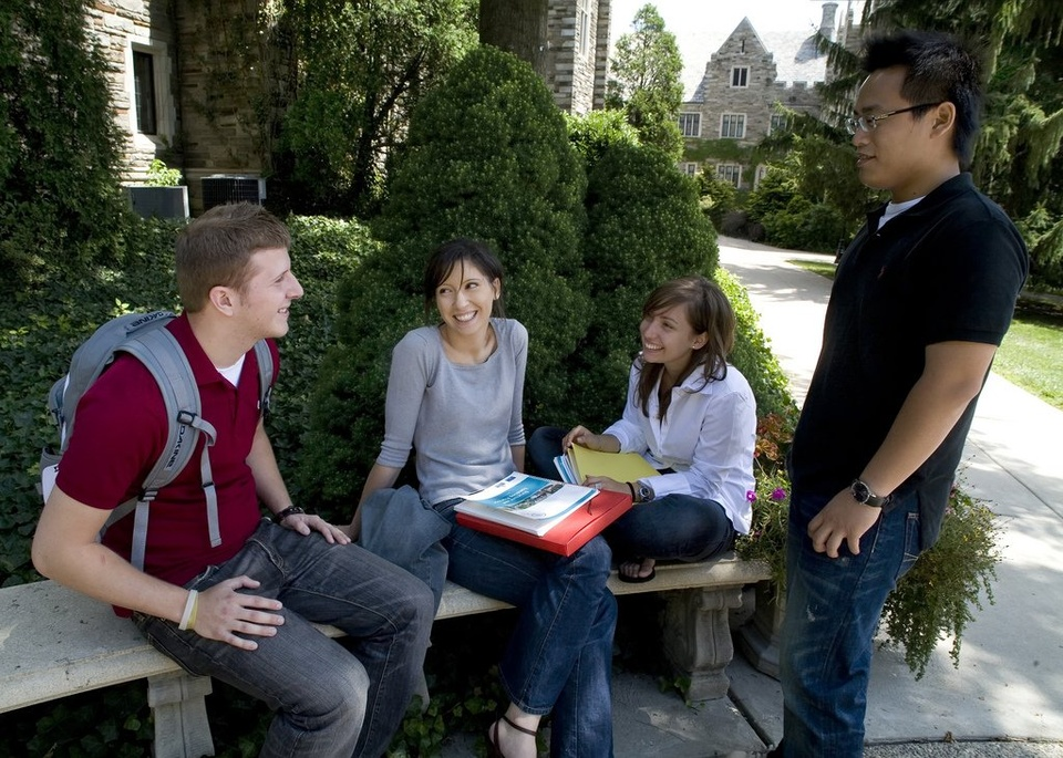 Hanging Out On College Campus - Teen Rehab