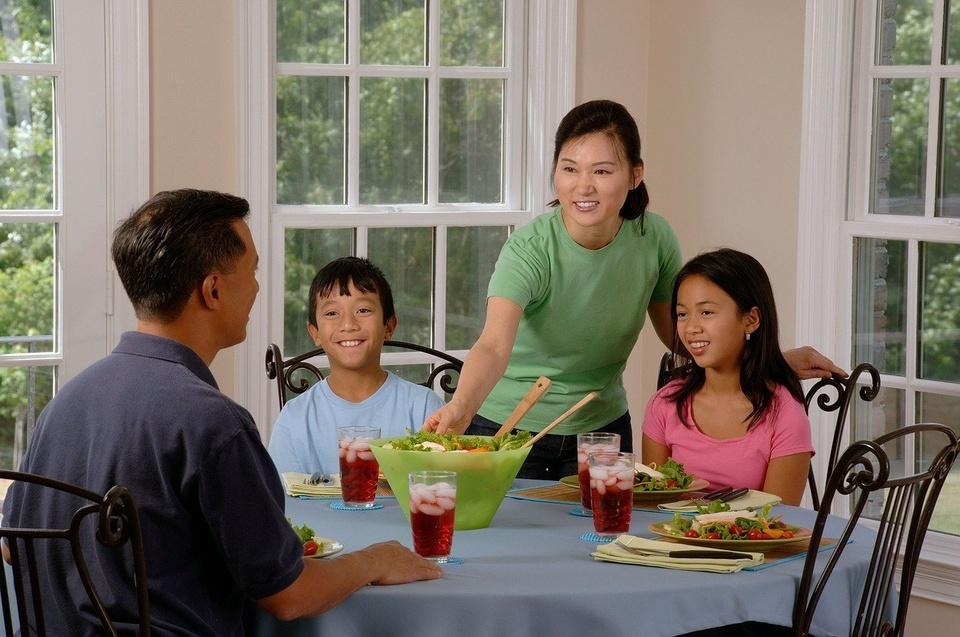 Family at Dinner Table - Teen Rehab