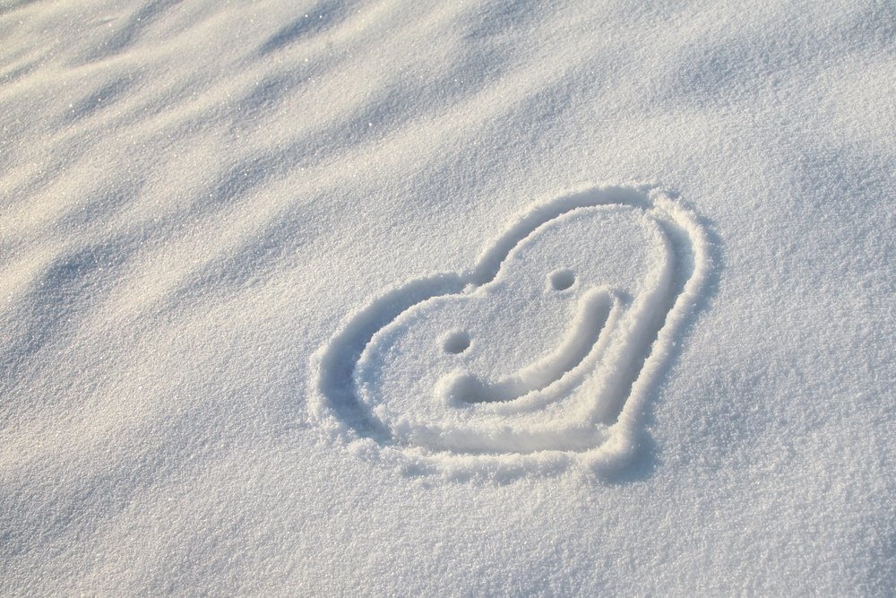 snow heart smile face