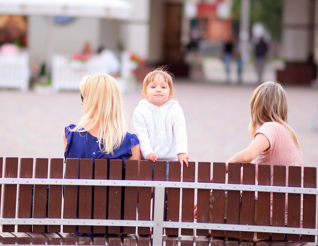children child girls bench