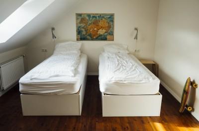 beds sleep rest