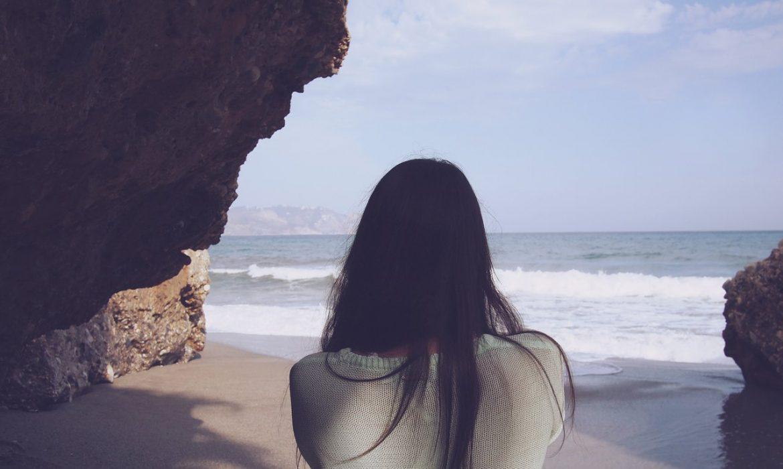 girl woman ocean
