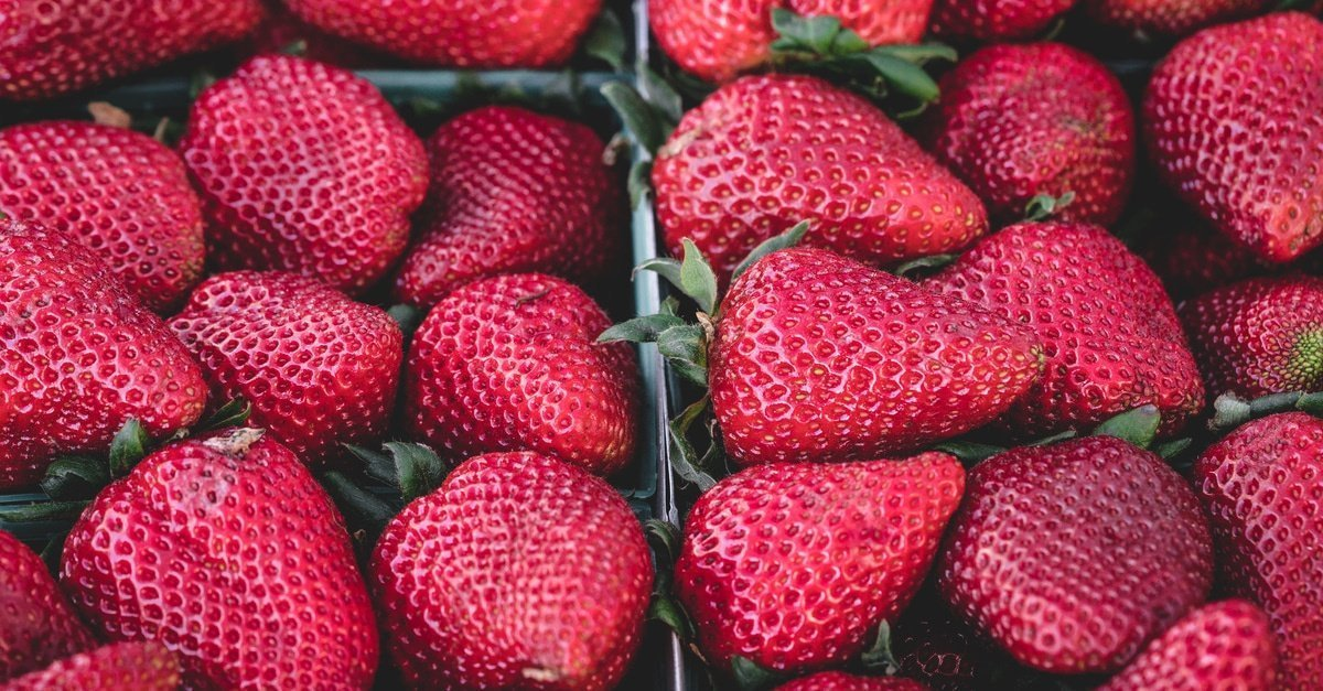 strawberries healthy foods