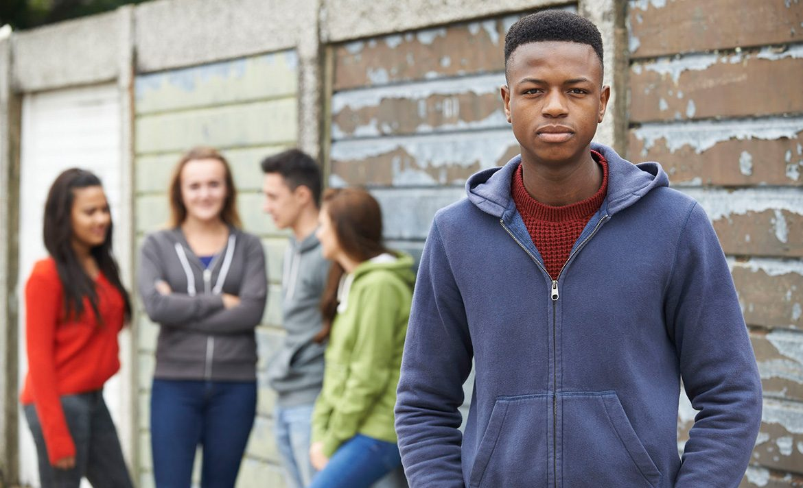 Teen Rehab - Types of Trauma - car accident - gang of teenagers